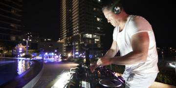 Miami Balcony Rave (After Movie)
